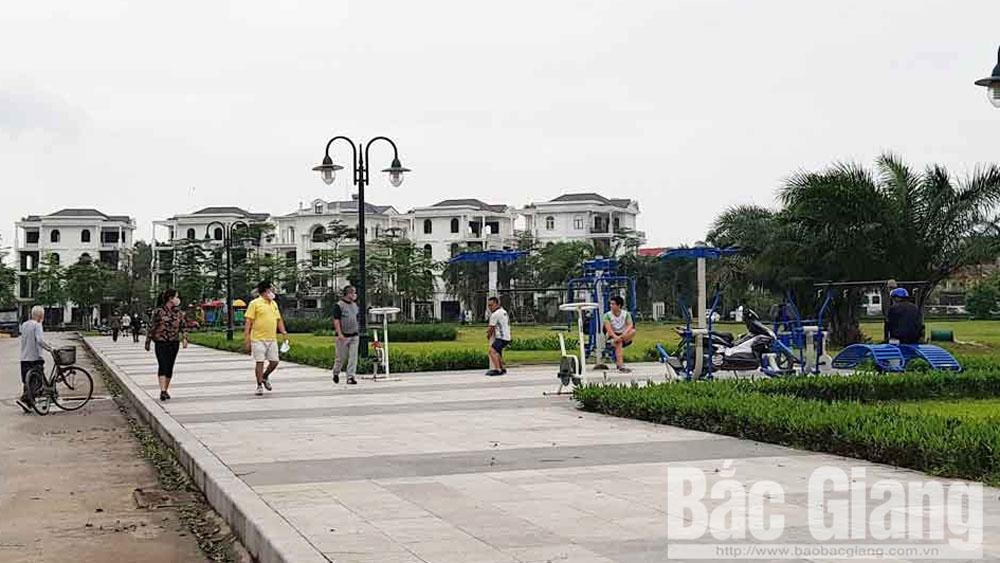 Bắc Giang: Phạt nhiều cá nhân vi phạm quy định cách ly xã hội để phòng dịch Covid-19